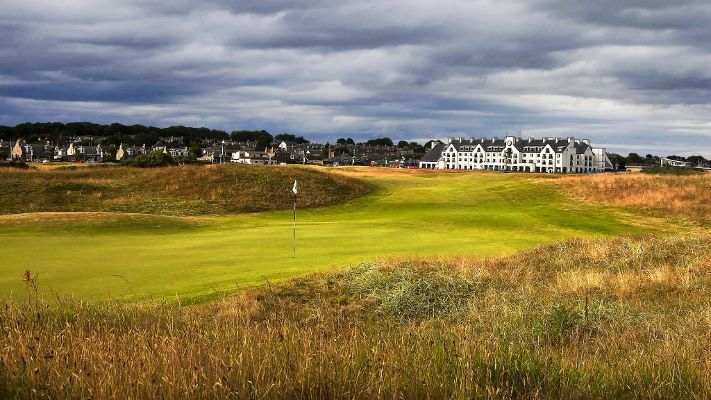 Scotland Golf Vacations - Carnoustie Golf Links
