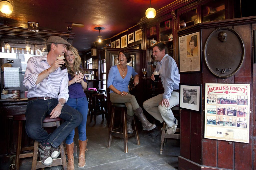 Honeymoons in Ireland, Dublin Pub