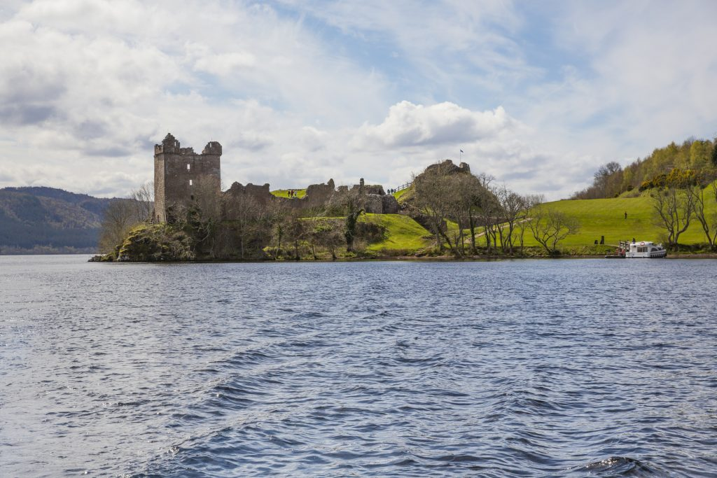 Scotland Chauffeur Driven Tours - Urquhart Castle